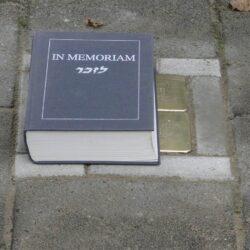 Het boek In Memoriam bevat de 102.000 namen van de slachtoffers van de Holocaust