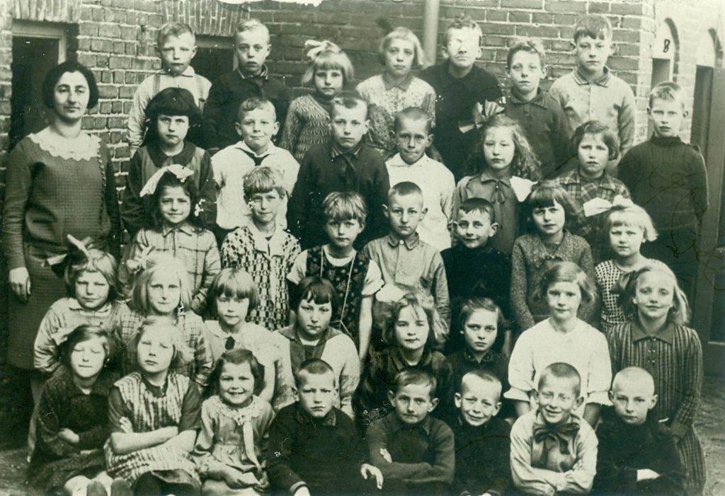 Saartje Slager, OL school Kerkstraat Wijhe 1929